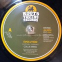 Roots Youths Records-7-Evolution / Collie Weed Meets Wooligan
