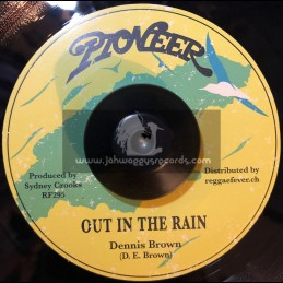 """Pioneer-7""""-Out In The Rain / Dennis Brown"""