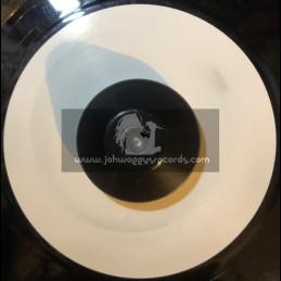 "Ariwa-7""-Nuclear Weapon / Johnny Clarke"