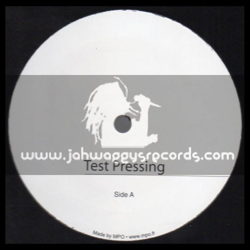 "Test Press-Jah Militant Records-12""-Visions Of Jah + Harmony / The Bushman"