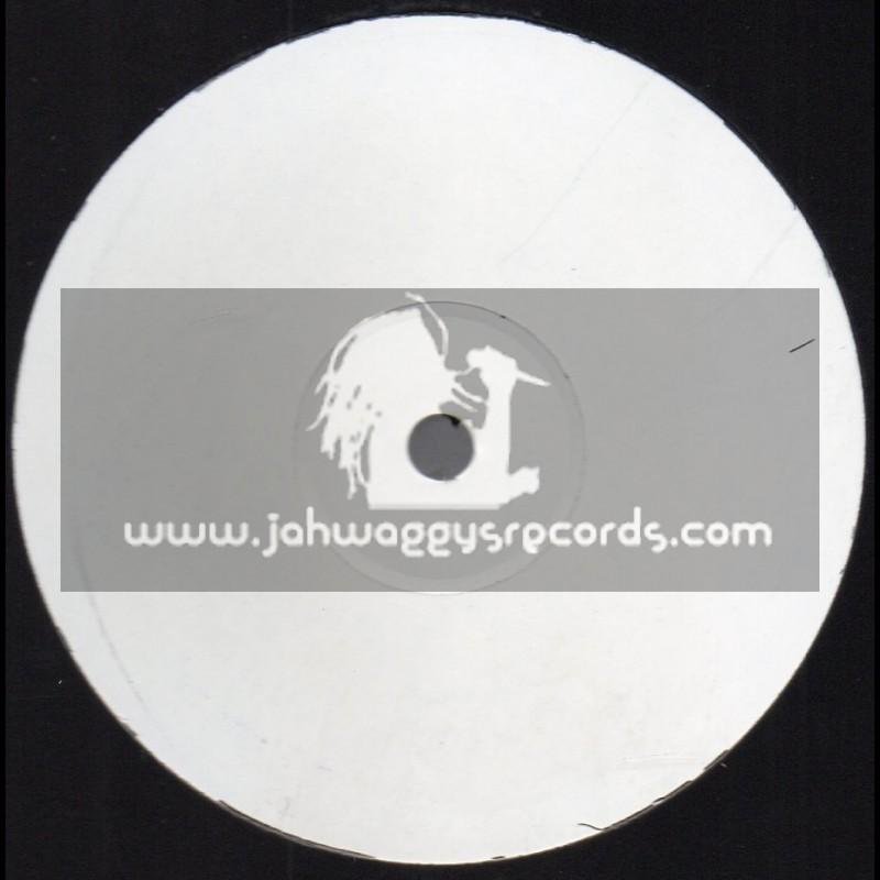 Test Press-Ranking Joe Universal-Lp-Roots Radics Dub / Errol Flabba Holt