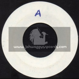 "White Label-7""-No Tribal War / Jah Lloyd + Hark Of The Covenant / Bunny & Herman"